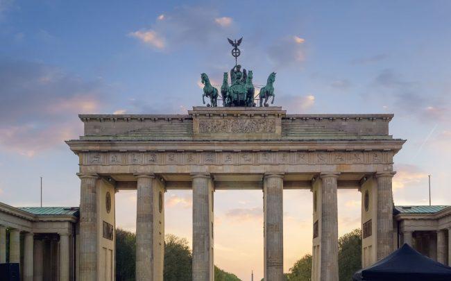 Brandenburger Tor zum Sonnenuntergang