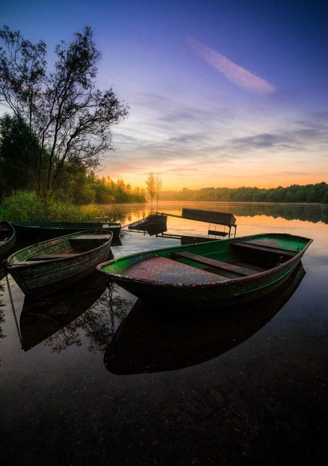 alte verlassen Boote am See nahe Köln